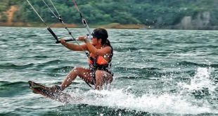 Windsurf en el Lago Calima, Colombia.